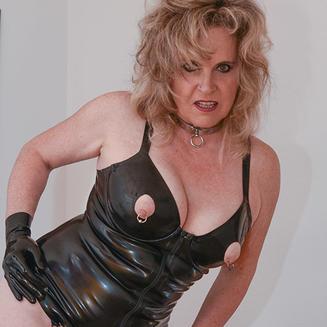 Amateursex mit Madame Tina aus Zürich